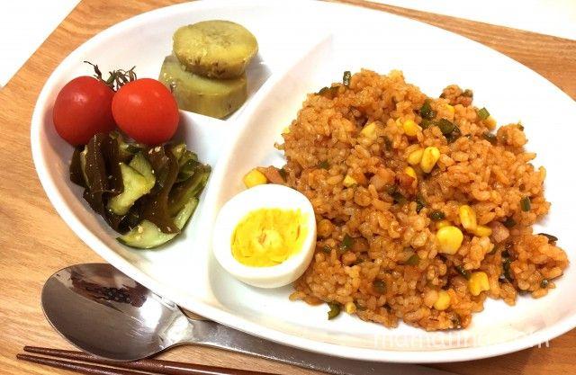 共働き平日の夕食献立 スピードケチャップライス定食