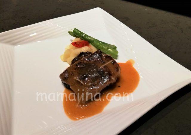 クラブメッドトマムの食事 ステーキ
